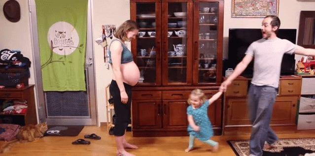 9 Months Of Pregnancy in Just 2 Minutes- A Must See