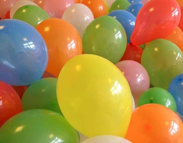 balloons-252047_640