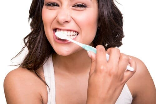 6 Important Ways To Maintain Good Oral Hygiene While Pregnant