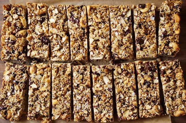 Quinoa-trail-mix-bars-