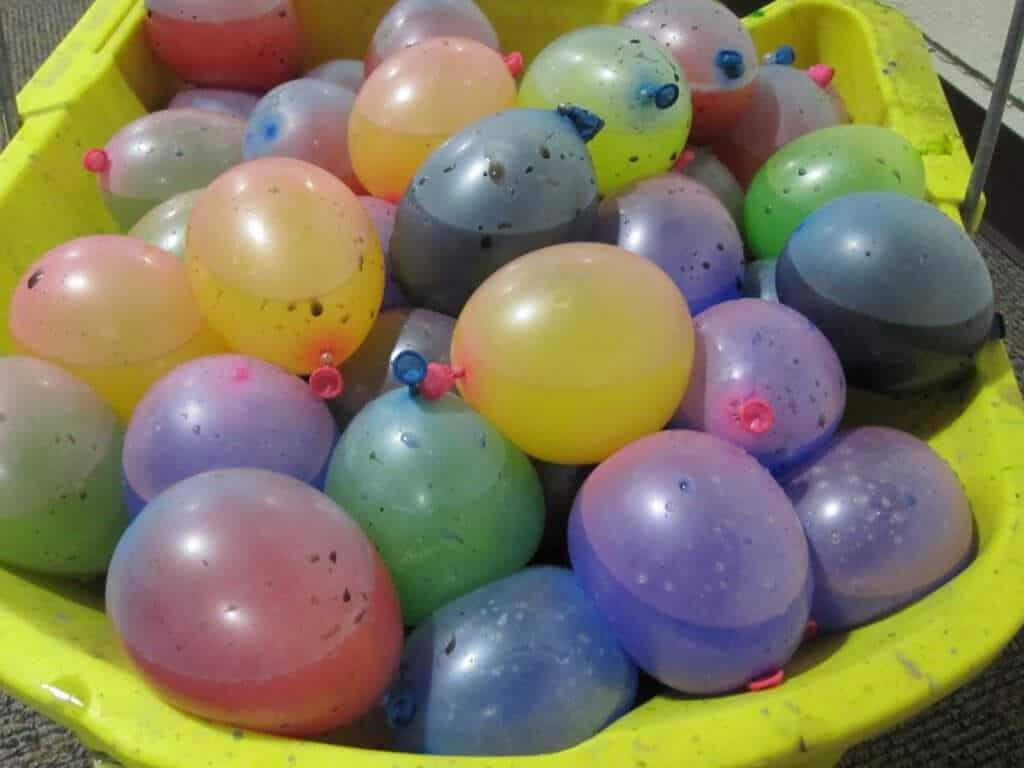 10 wet wild water balloon game ideas for What to do with balloons