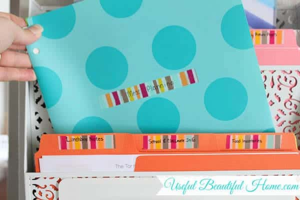 Labeling-notebook-folders-with-washi-tape