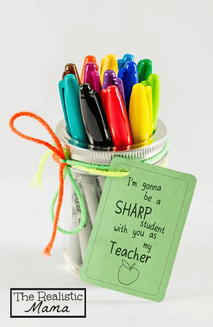 Sharpie-Back-to-School-Teacher-Gift-with-FREE-PRINTABLE.-Perfect-for-teachers-and-homeschooling-moms-SharpieBTS-PMedia-ad