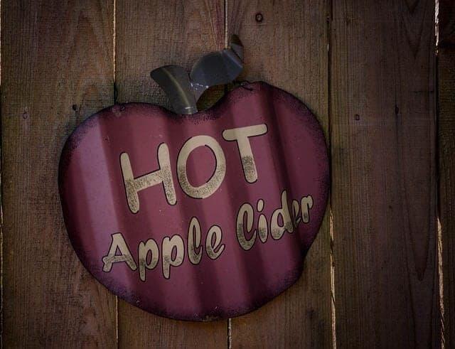 apple-476988_640