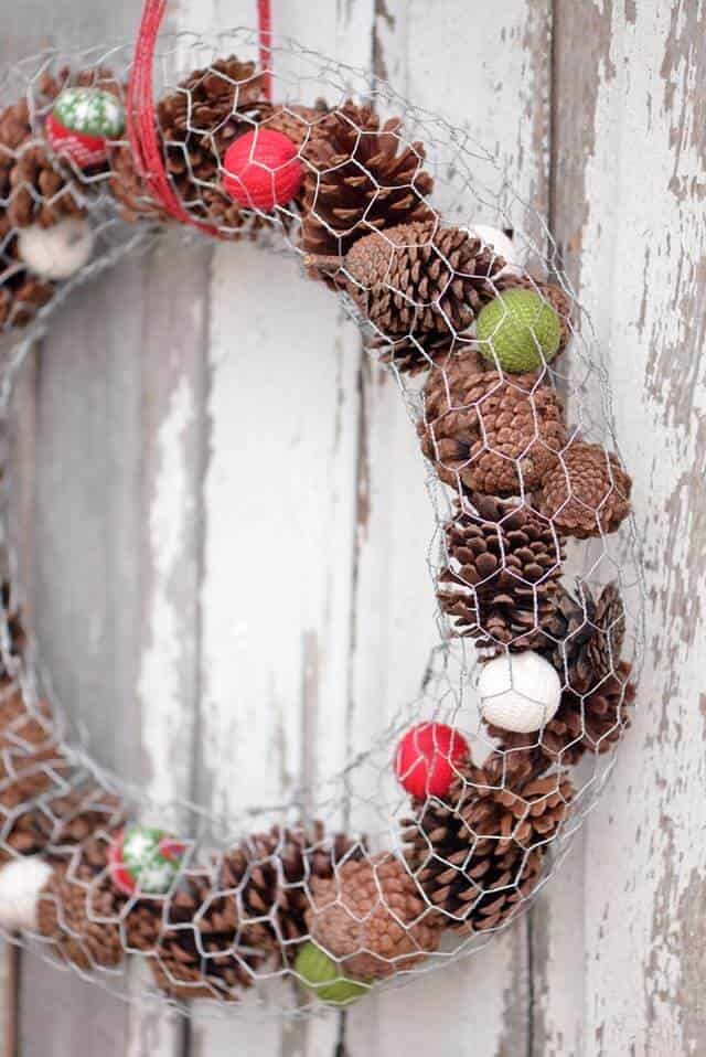7 Charming Chicken Wire Crafts