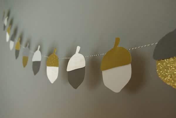fall acorn garland 3