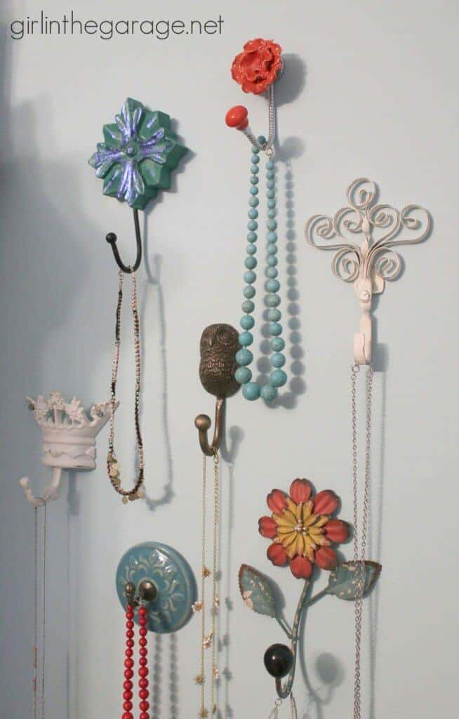 IMG_2313-jewelry-wall-hooks-necklaces-full-close-654x1024