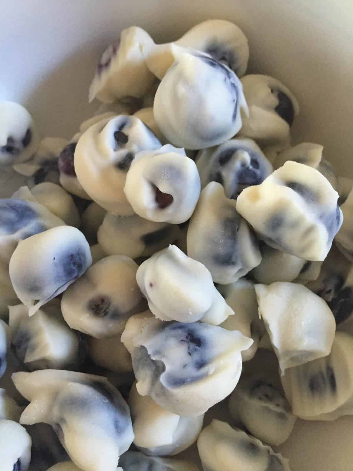 Healthy Frozen Yogurt Covered Blueberries