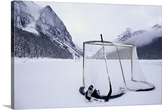 hockey-goal-and-equipment-on-frozen-lake-louise-in-alberta,1000536