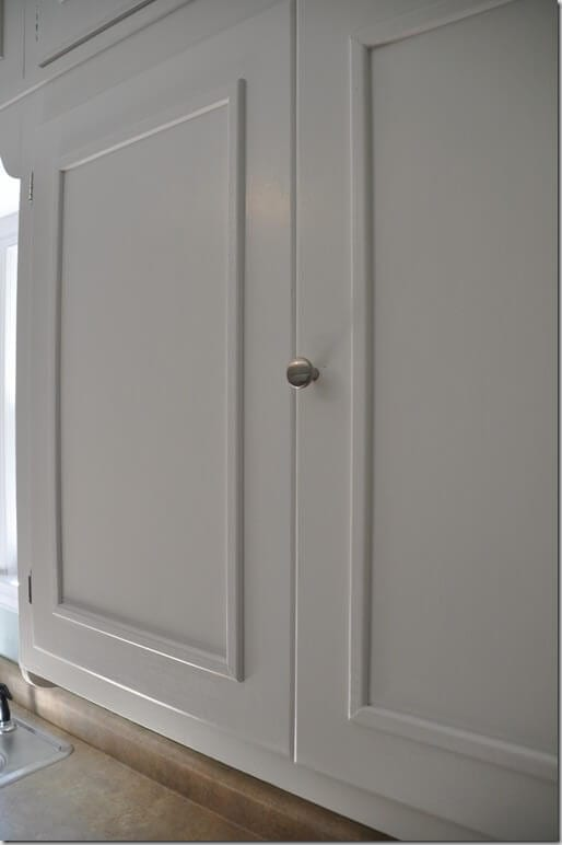 8 ways to upgrade your ugly boring cabinets for Can you add molding to kitchen cabinets