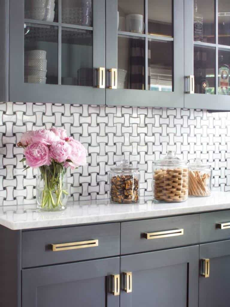 8 Ways To Upgrade Your Ugly, Boring Cabinets