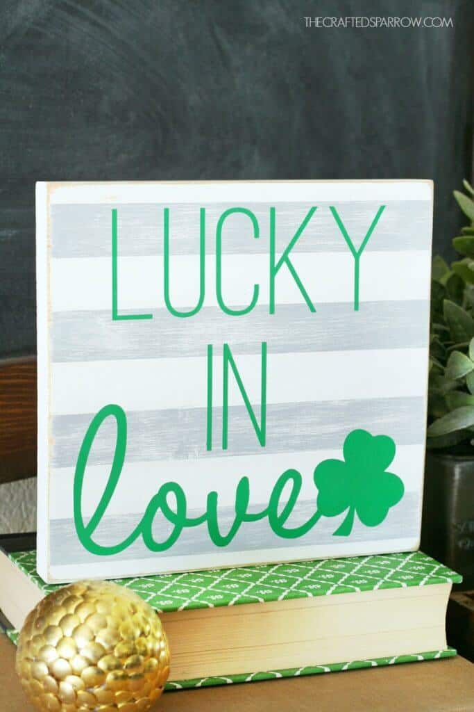DIY-St.-Patricks-Day-Sign-10