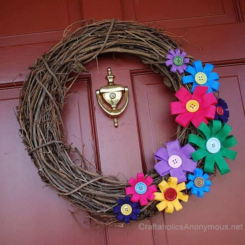 craftaholics-anonymous-felt-flower-wreath-tutorial1
