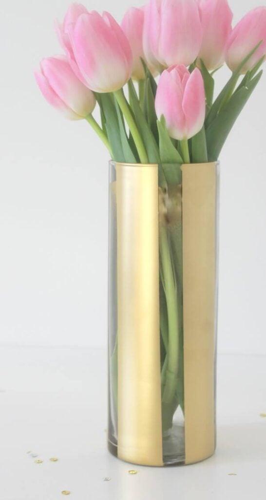 8 Beautiful DIY Vases