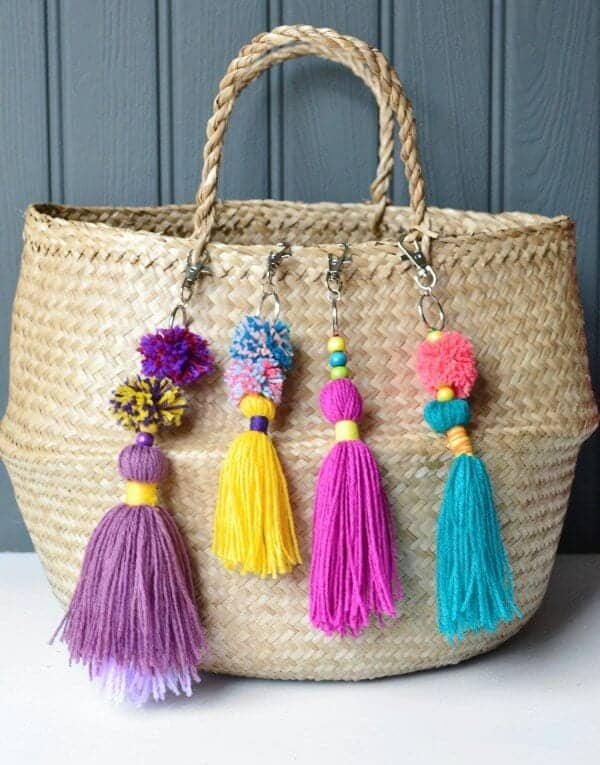 How-to-make-a-tassel-bag-charm-with-pom-pom-Decorators-Notebook-blog