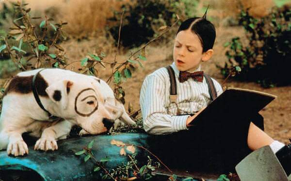 THE LITTLE RASCALS, from left: Pete the dog, Bug Hall, 1994, © Universal