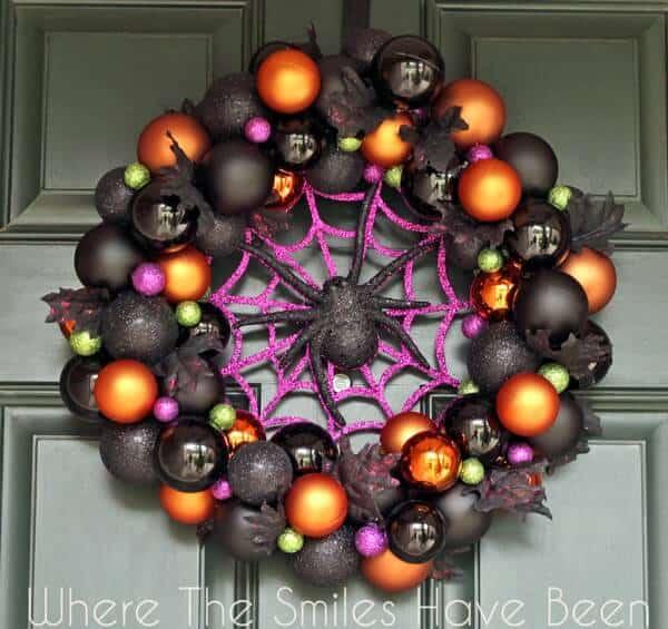 Halloween-Ornament-Wreath-Front
