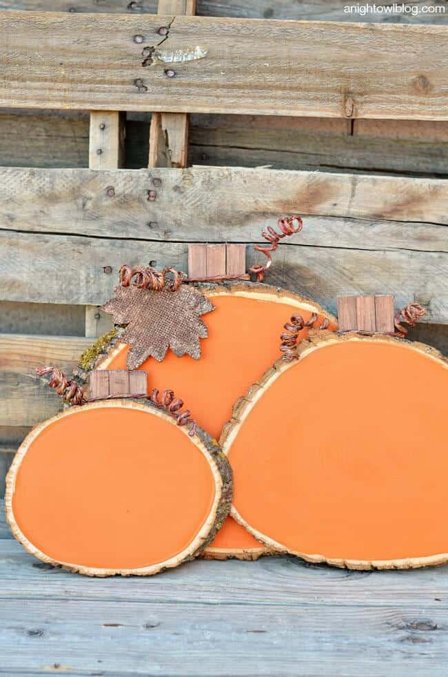 Painted-Wood-Slice-Pumpkins-6