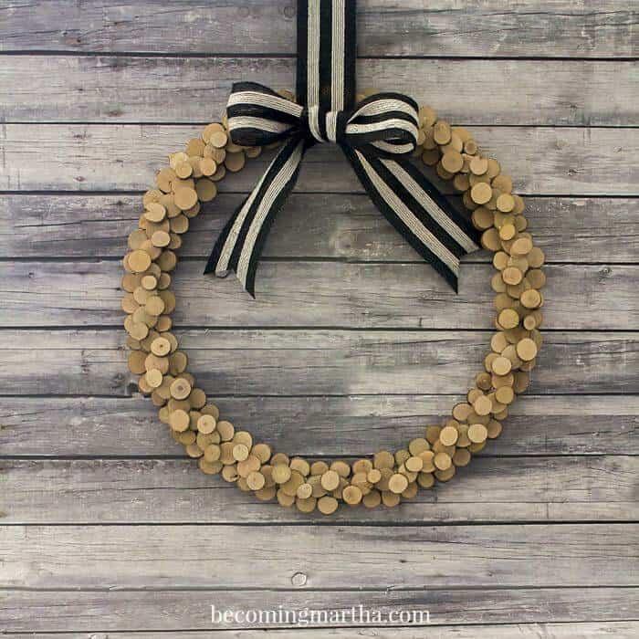 wood-slice-wreath-5