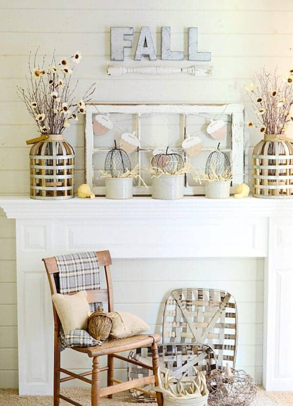 Farmhouse-Style-Neutral-Fall-Mantel