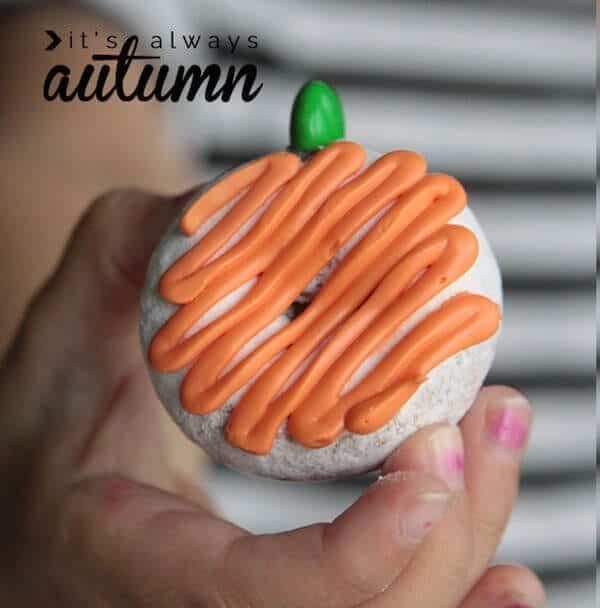 donut-pumpkins-easy-fun-donette-kid-food-craft-activity-halloween-1
