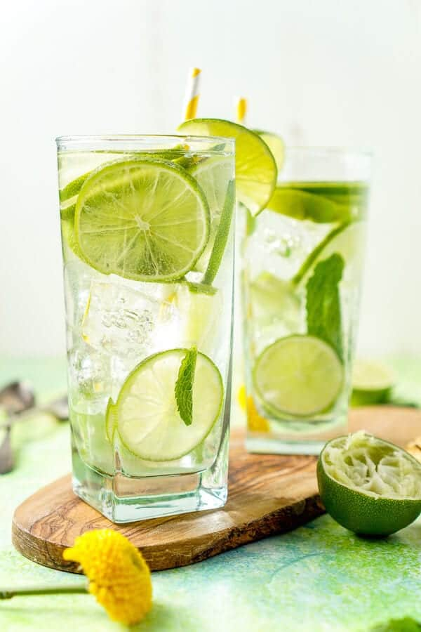 oscar-party-drink-lime-mint-mojito-water-recipe-5