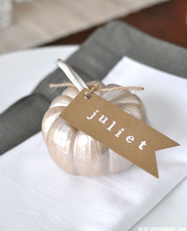 11_13_13_pumpkinplacecards_gray