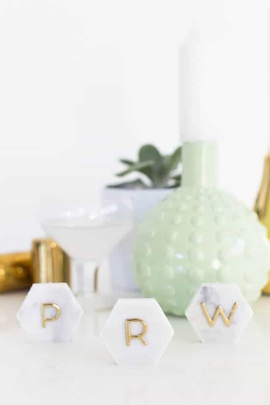 diy-marble-hexagon-place-cards-6