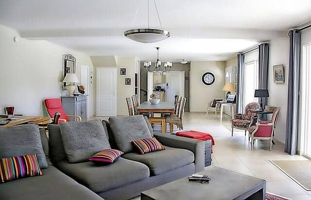 living-room-1523480_640