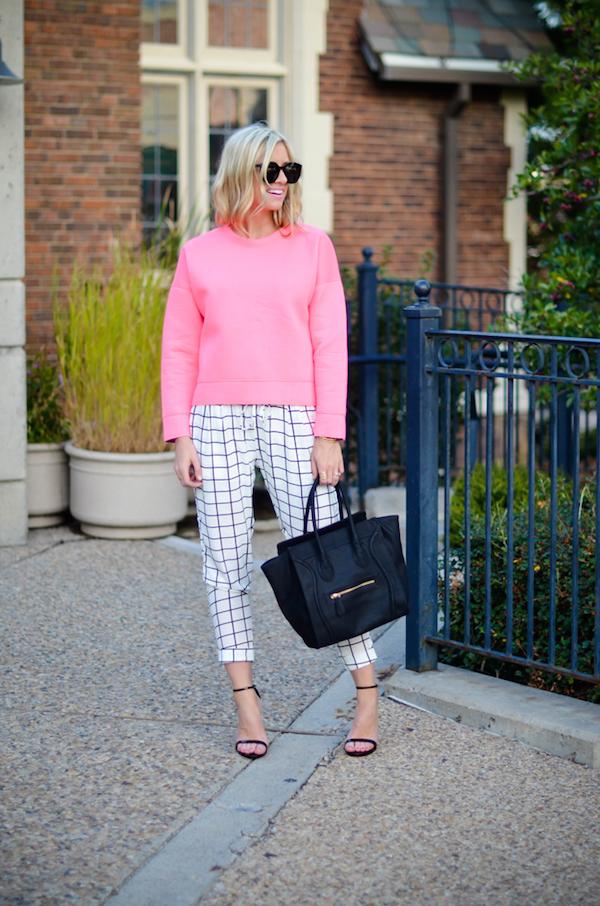 lmf_oversized-pink-sweatshirt-6-670x1012