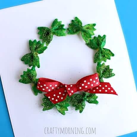 bow-tie-noodle-wreath-christmas-craft-for-kids