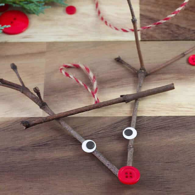8 Rustic DIY Twig Christmas Crafts