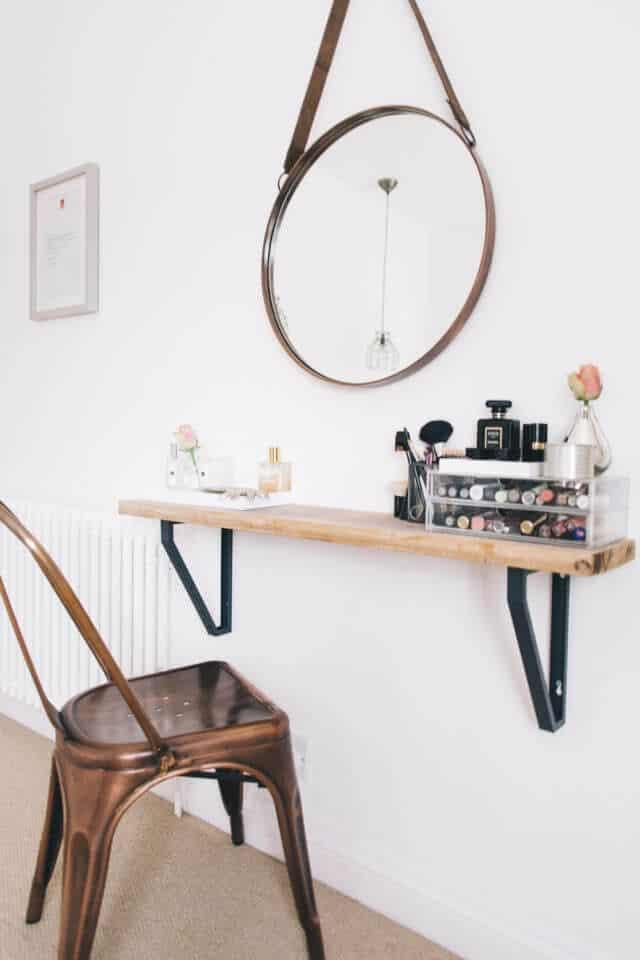 Terrific 6 Ways To Diy A Makeup Vanity Andrewgaddart Wooden Chair Designs For Living Room Andrewgaddartcom