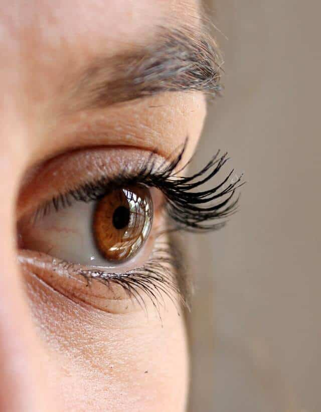 6 Tips To Help Tired Eyes Look Refreshed