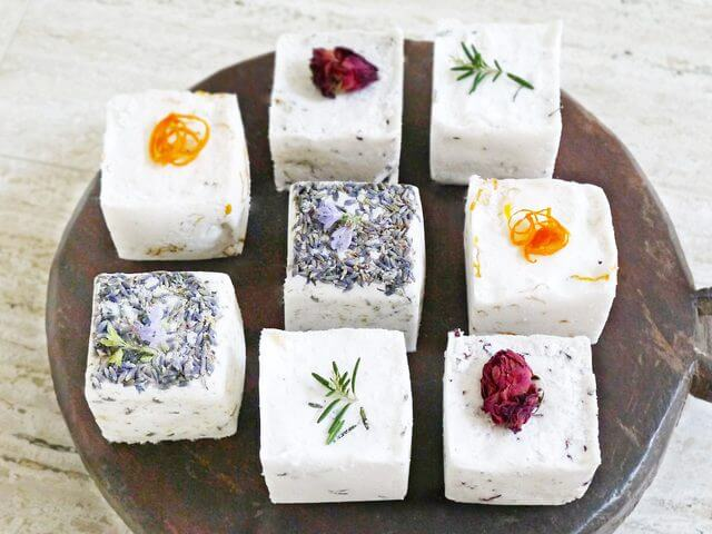 6 diy bath bombs youll love get the full recipe from momalwaysfindsout solutioingenieria Gallery