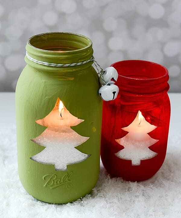 whether you give them as a gift or make something decorative for your home these christmas mason jar crafts are a must this year make them yourself or do