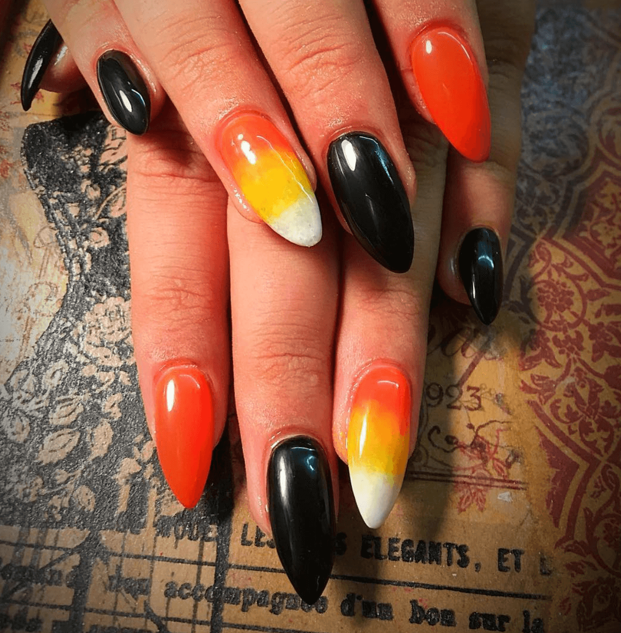 12 Spooky, Creepy And Scary Halloween Nail Designs
