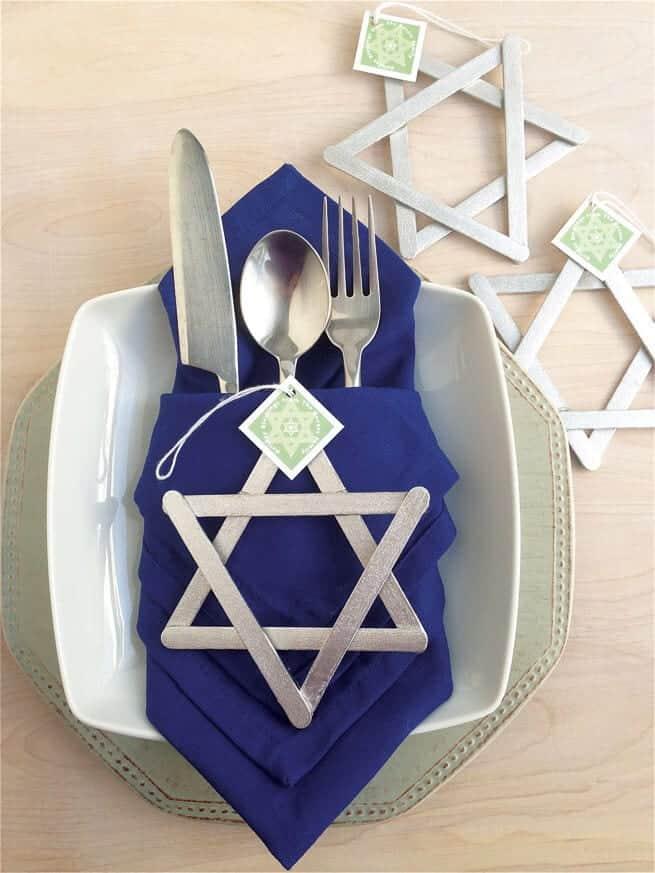 DIY Hanukkah decorations