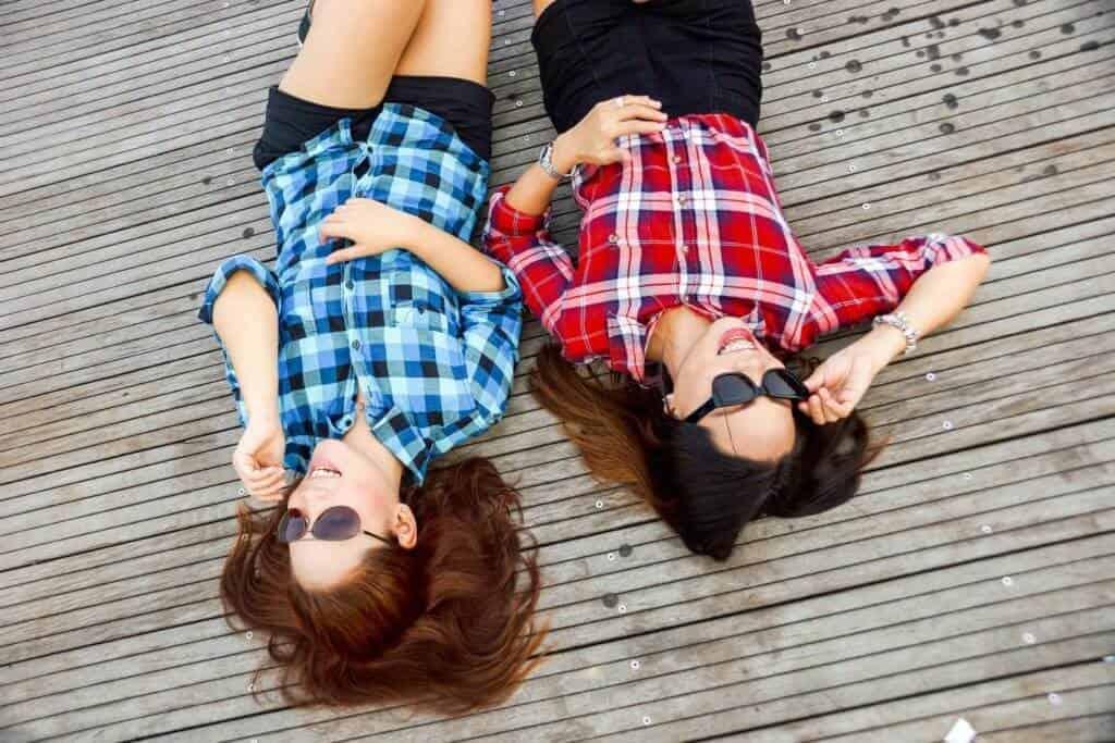 Teach Your Teen How To Be A Good Friend
