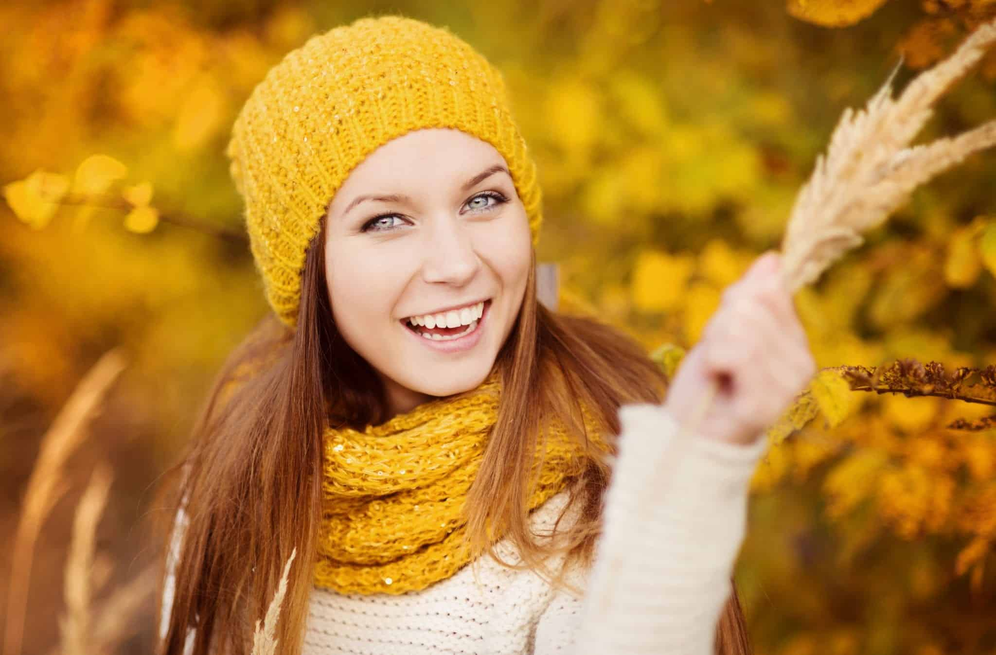 woman in autumn makeup tutorial tips